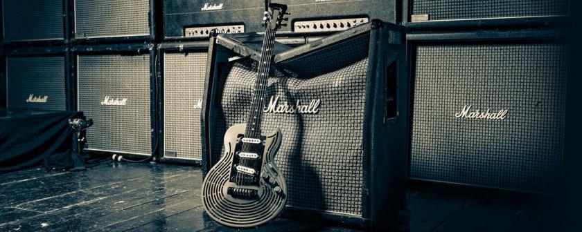 Unzerstörbare Gitarre