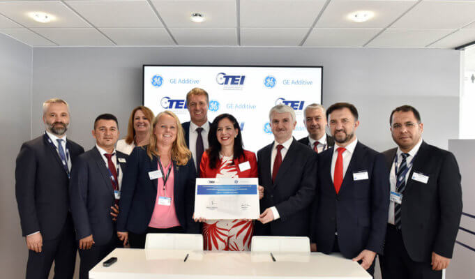 GE Additive und TEI auf der Paris Air Show