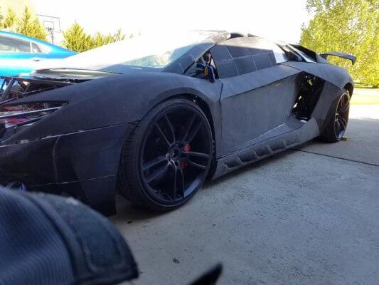 Seitenansicht 3D-gedruckter Supersportwagen