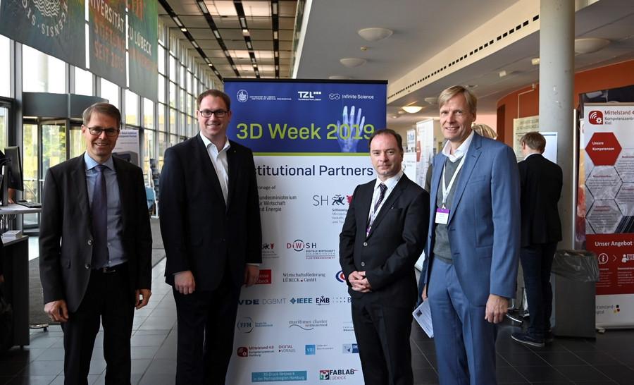 Teilnehmer und Verantwortliche der 3D Week