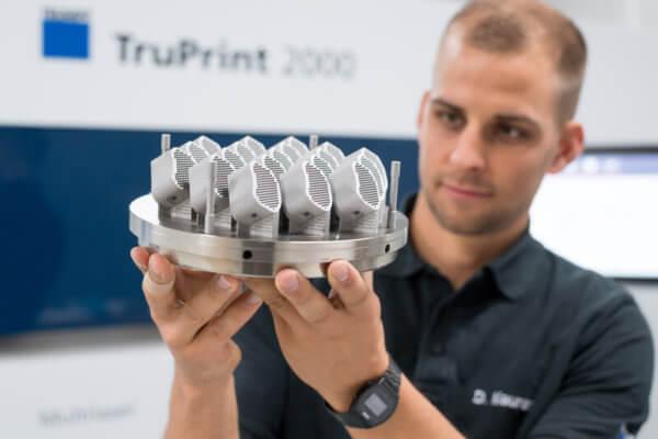 Von TRUMPF gedruckte Wirbelsäulenimplantate