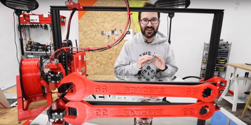 Ivan Miranda, sein 3D-Drucker und der Schraubenschlüssel
