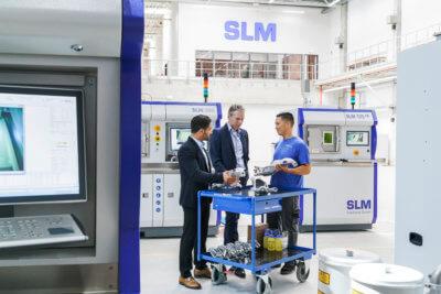 Labore und drei Mitarbeiter von SLM
