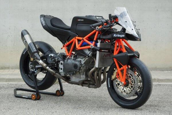 Superbike Morlaco Komplettansicht seitlich