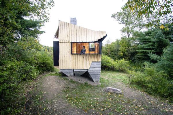 Ashen Cabin Außenansicht