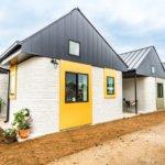 3D-gedruckte Häuser nebeneinander