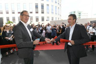 XJet CEO, Hanan Gothait, und Straumann VP Oehler