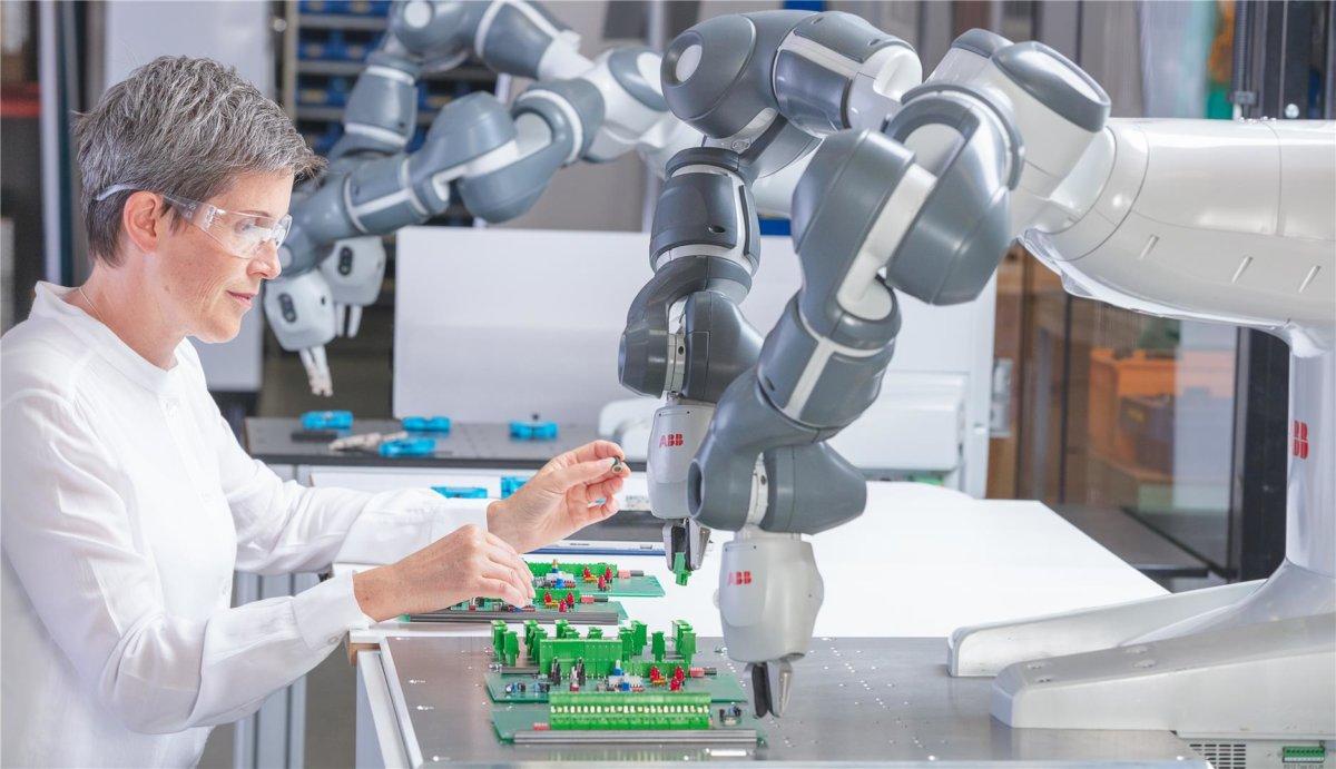 ETH Zürich entwickelt Methode mit zweiarmigem Roboter YuMi IRB 14000 für Heißdrahtschneiden mit flexiblen Stäben