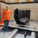 Thermwood Mitarbeiter an LSAM MT 3D-Drucker