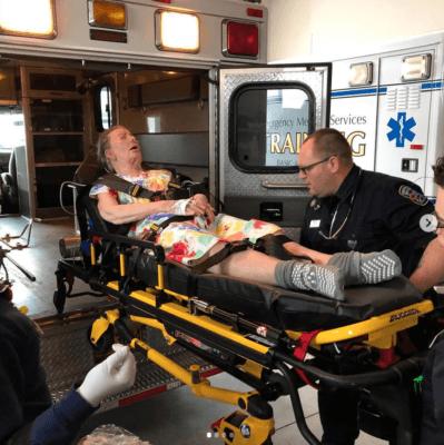 Dummy im Rettungswagen