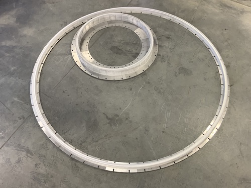 Aluminiumzylinder mit 1,4 und 3,05 Metern Durchmesser