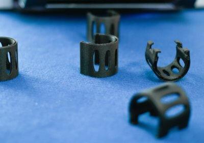 3D-Druck-Objekte in schwarz