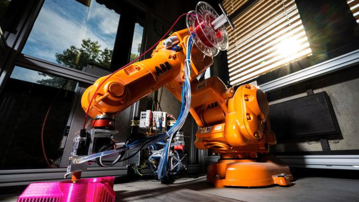 IntelliExtruder auf Industrieroboter