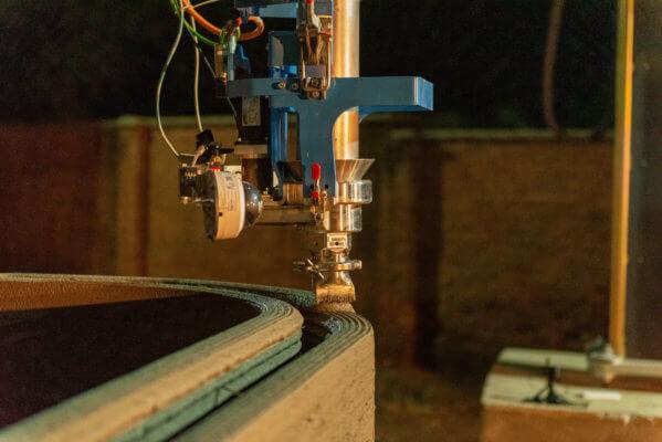 3D-Drucker BOD2 extrudiert Material