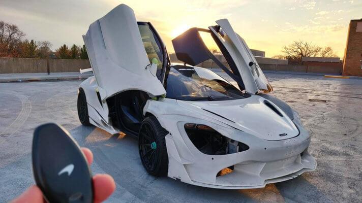 McLaren 720S offene Türen