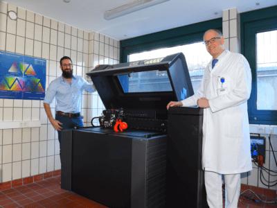 3D-Drucker und Dr. und Ingenieur