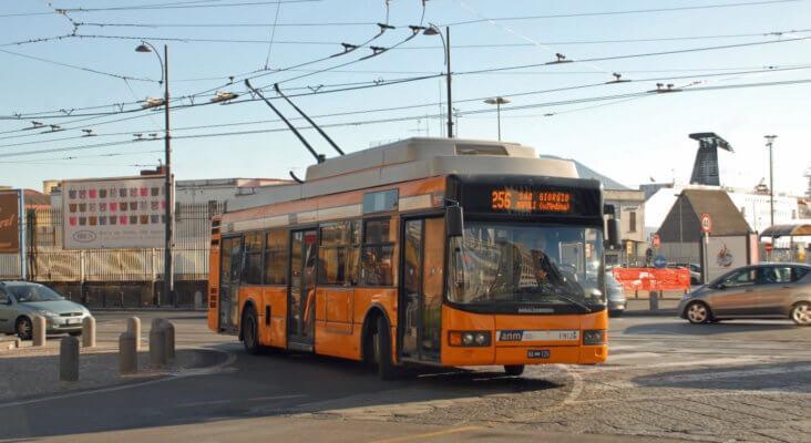 Neapel O-Bus