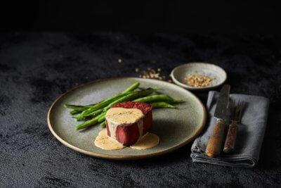 Essen mit tierfreiem Fleisch