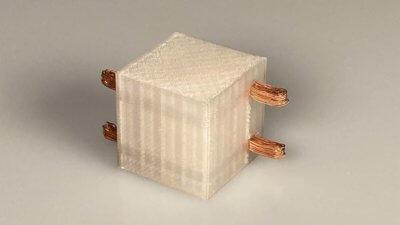 3D-Druck Würfel mit integriertem Kupfer