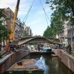 Installation der Brücke