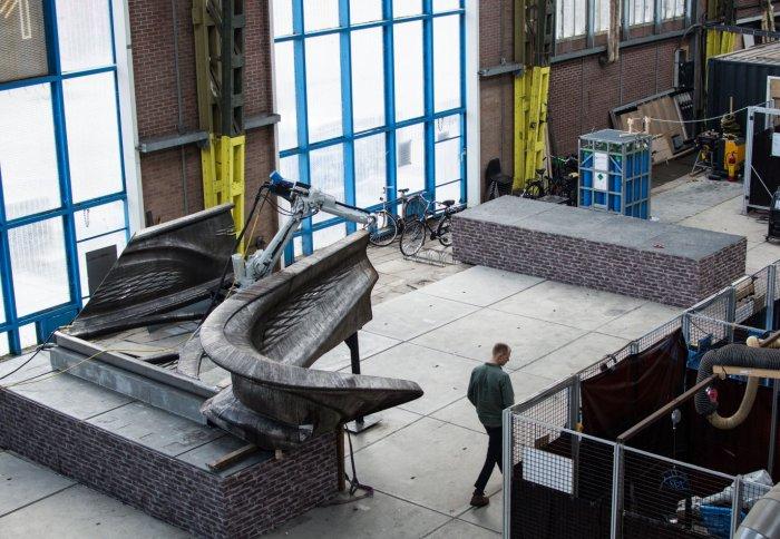 3D-gedruckte Brücke bei der Herstellung