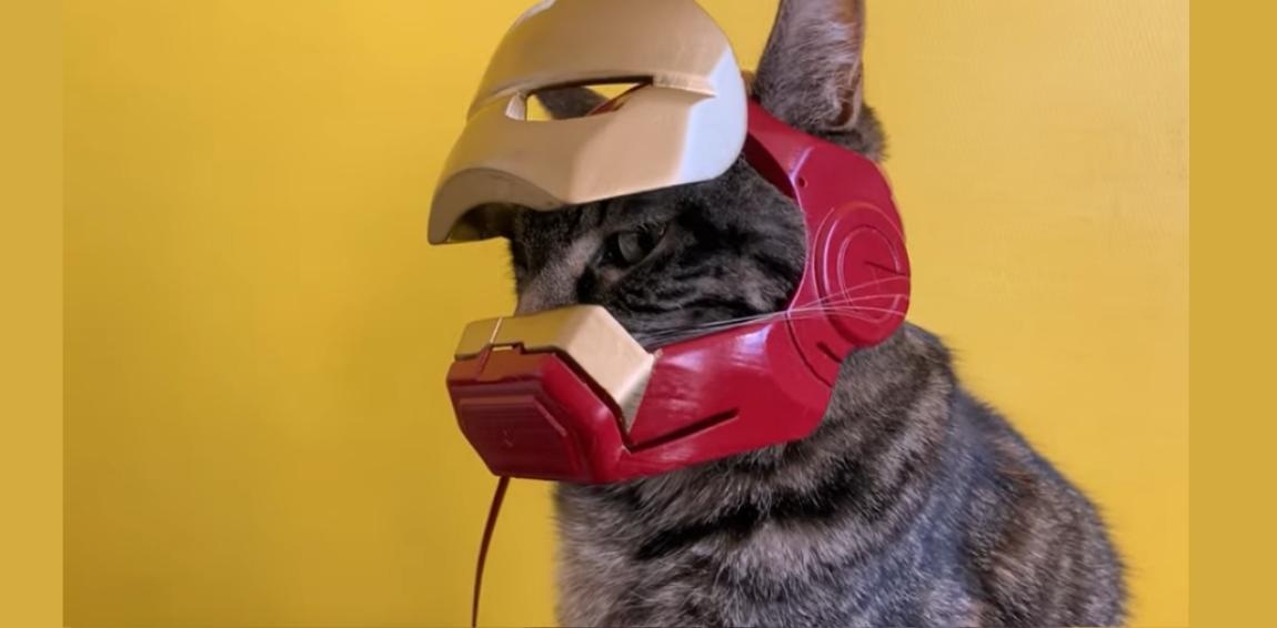 Cathode und der Helm offen
