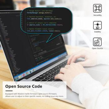 Monitor mit Source-Code