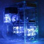 Moderner PC transparent beleuchtet